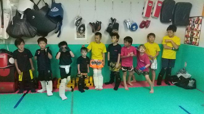 奈良県でキックボクシングのteamYAMATO大和高田本部の小学生。