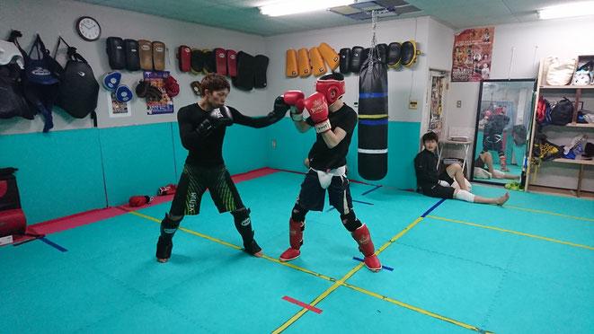 キックボクシングのスパーリングするならteamYAMATO大和高田本部で。