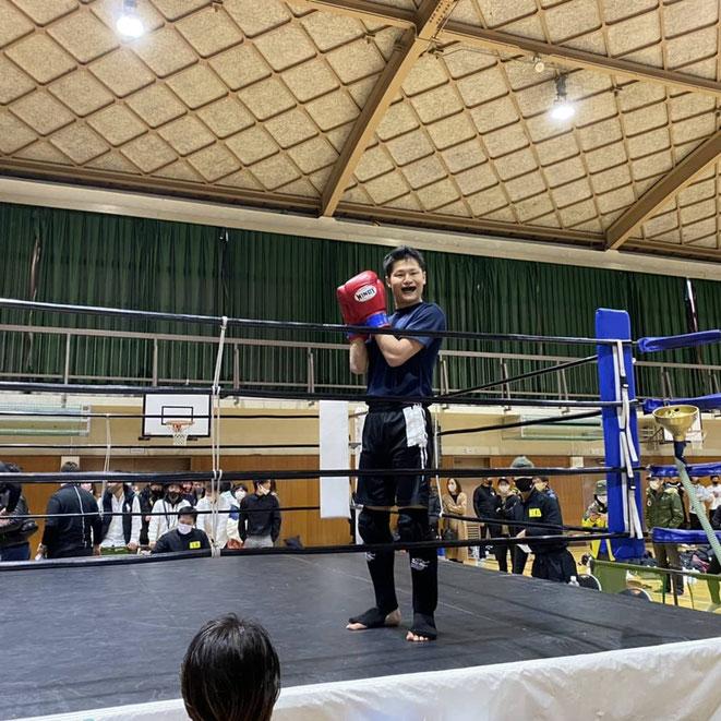 問答無用 キックボクシングの試合で勝利 teamYAMATO奈良北支部