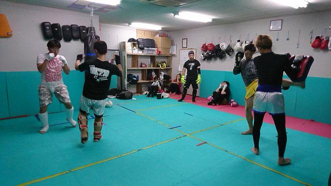 健康、ダイエットにキックボクシング。teamYAMATOでは、ダイエットクラスがあります。