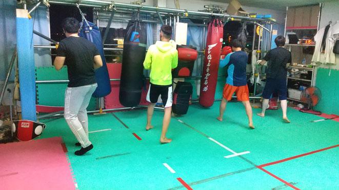 奈良県のキックボクシングteamYAMATO大和高田本部では、体験練習ができます。