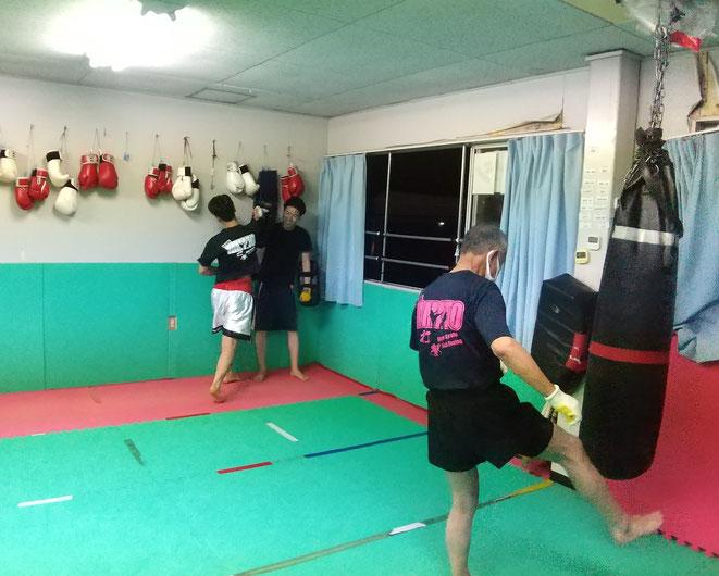 キックボクシングteamYAMATO大和高田本部はムエタイ、キックボクシングしてます。