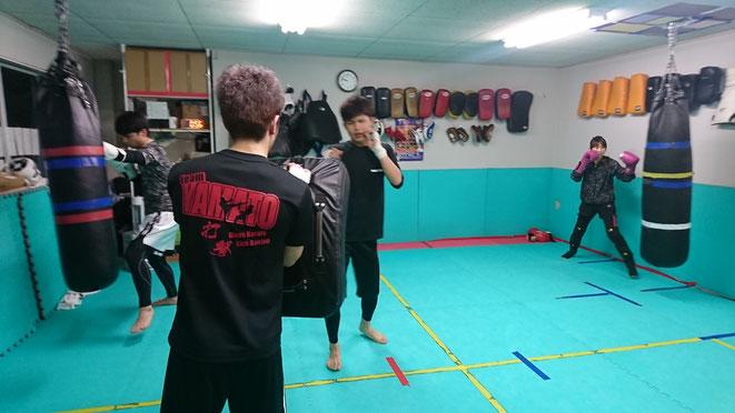 teamYAMATO大和高田本部では楽しくキックボクシングの練習が出来ます。選手募集。