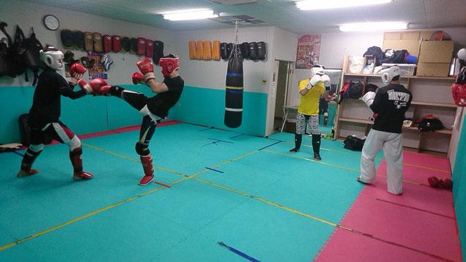 奈良でキックボクシングするならteamYAMATO大和高田本部で。