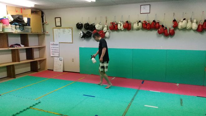 新型コロナウイルス退治。キックボクシングteamYAMATO大和高田本部では、消毒してます。