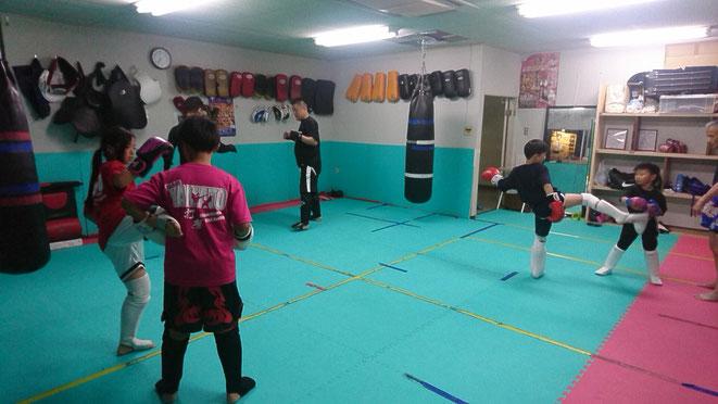 小学生、中学生、キックボクシング、空手、teamYAMATO