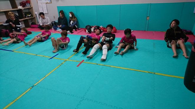 奈良でキックボクシングするならteamYAMATO大和高田本部、基礎体力も付きます。