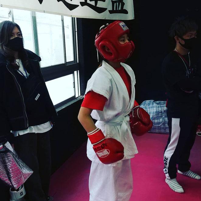 全日本グローブ空手 決戦。teamYAMATOはグローブ空手、キックボクシングの試合に出場しています。一緒に練習しましょう。