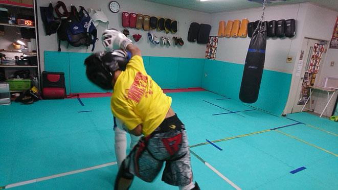 teamYAMATO大和高田本部のキックボクシング練習。