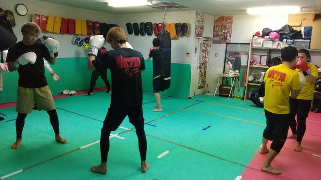 柔道、ボクシング、空手経験者もたくさんいます。