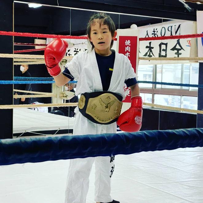 全日本グローブ空手。優勝。teamYAMATOはグローブ空手、キックボクシングの試合に出場しています。一緒に練習しましょう。
