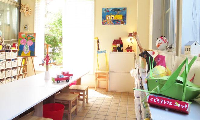 こどもアトリエニョッキー絵画教室・造形教室