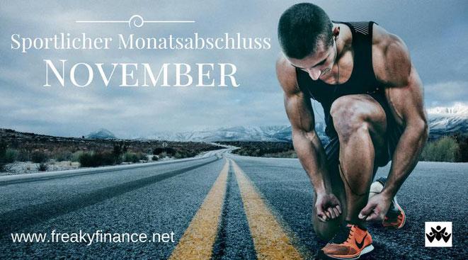 freaky finance, freaky routine, Monatsabschluss, November 2017, sportlicher Monatsabschluss, Horizont, Straße, Läufer kniet auf einer Straße , die bis zum Horizont geht