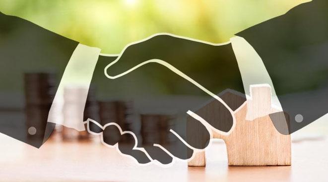 P2P Darlehen - Sicher in Projekte von Privatpersonen mit Immobilieneigentum investieren, freaky finance, P2P ImmoCash, Immobilien, P2P-Kredite, Handschlag
