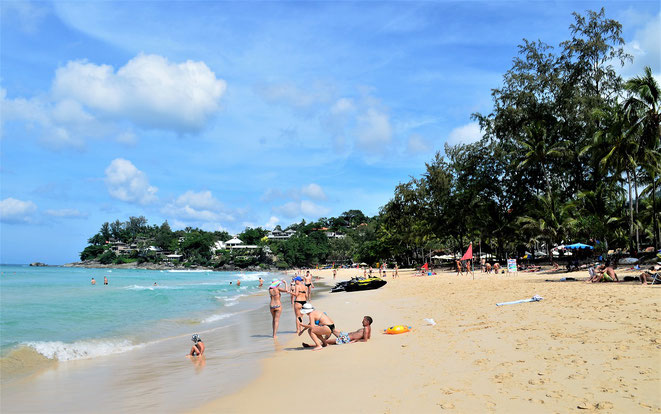 freaky finance, freaky travel, Kata Noi Beach, Strand, Menschen, Bäme, Meer
