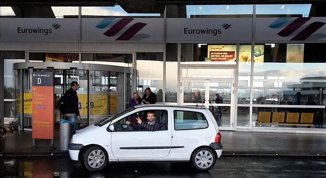 freaky finance, freaky travel, Billigflieger, Eurowings, Flughafen Köln-Bonn, Auto, Twingo