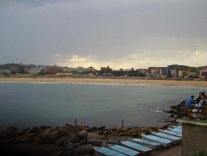 freaky travel, Reisen, Bondi Beach, Sydney, Strand, Toptipps, Australien, Skyline, City, Sonnenuntergang, Stadt, Abend