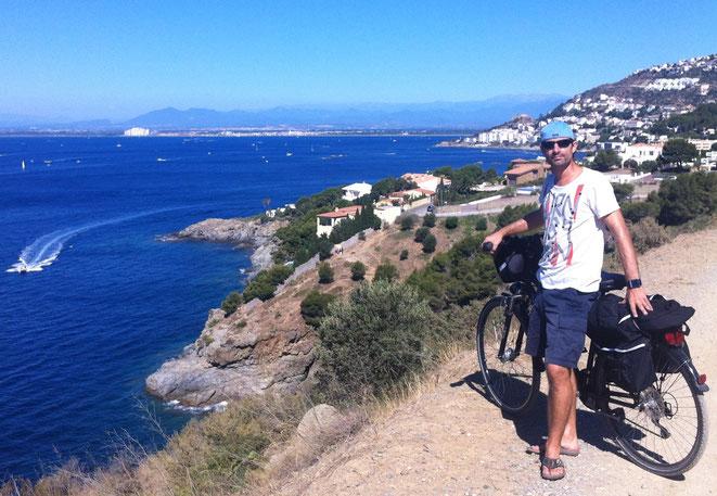 freaky travel, freaky finance, Fahrradausflug, Roses, Spanien, Meer, Steilküste, Steilhang