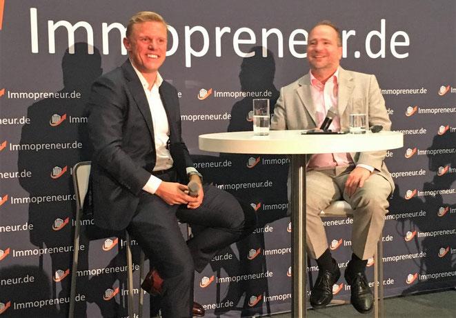 freaky finance, Immopreneur Kongress 2018, Hauptbühne, Darmstadtium, Jakob Mähren und Thomas Knedel auf der Bühne