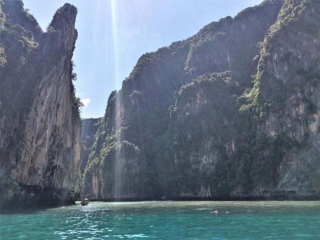freaky finance, freaky travel, Phuket, Meer, Felsen, Pileh Lagoon