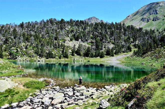 freaky finance, freaky travel, Lac de Bastan inférieur, Pyrenäen,  See, Berge, Bergsee