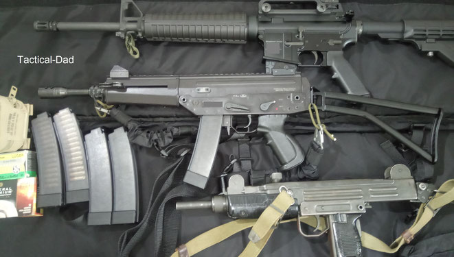 Oberland Arms OA-15, Kolarms Phoenix Halbautomat und die UZI