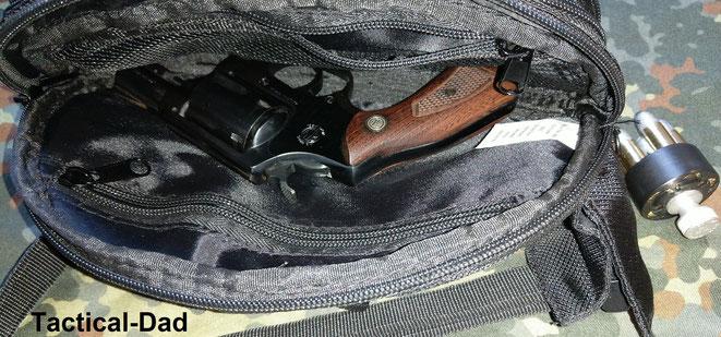 Diesen 2 Zoll Rossi Revolver hatte ich gestern auf dem Schießstand dabei und ich habe damit genau so gut getroffen, wie mit meiner Contender Pistole und meiner Norinco NP22. Das war ein etwas seltsames Ergebnis.