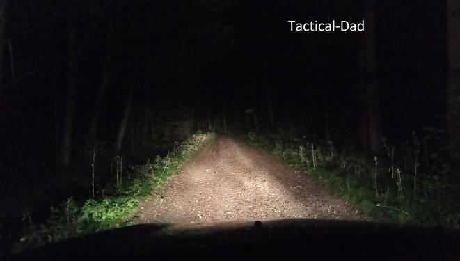 Unsere Streife begannen wir wieder 1-2 Stunde nach Sonnenuntergang, also die Zeit ab der kein normaler Jäger mehr in seinem Revier ist. Und genau das nutzen Wilderer aus.