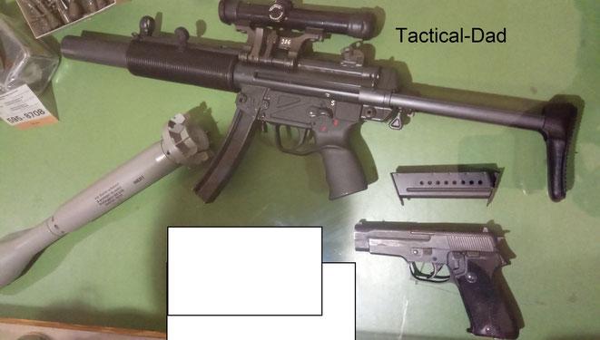 """Technisch und geschichtlich sehr interessant sind z.B. auch diese Waffen der Stay Behind Organisation """"P26"""". Gerüchten zu Folge war das deutsche Gegenstück mit H&K VP70 Pistolen ausgestattet."""