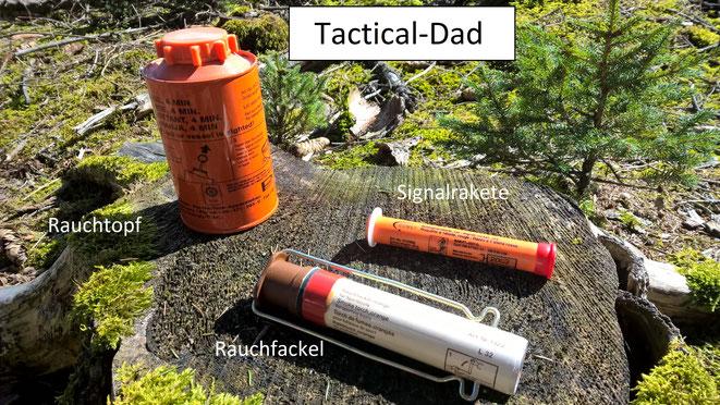 Notsignalmittel die unter das SprenG fallen. Auch diese sind alle frei verkäuflich und haben eine BAM-PT1 Zulassung. Rauchtopf, Rauchfackel und Signalrakete.