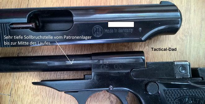 Die Sollbruchstelle / Schwächung am Lauf und Patronenlager dieser Walther PP ist dermaßen tief, dass man sogar den Stahl vom Futterlauf sehen kann.