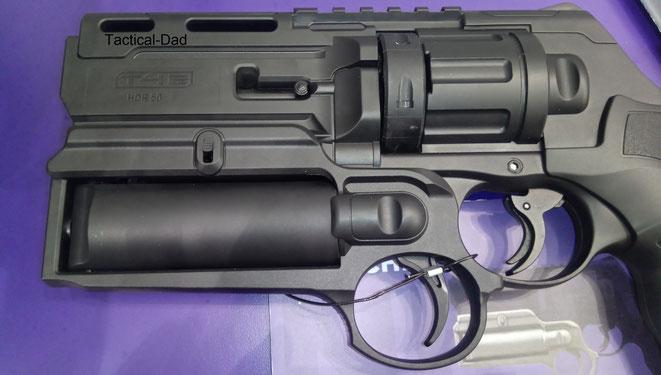 Der Umarex HDR50 Launcher versprüht Pfefferspray oder Farbe zur Tätermarkierung.