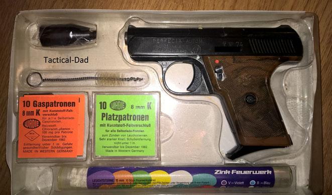 Mittlerweile hab ich auch noch eine zweite Verpackung für die Pistole mit dem gesamten Zubehör.