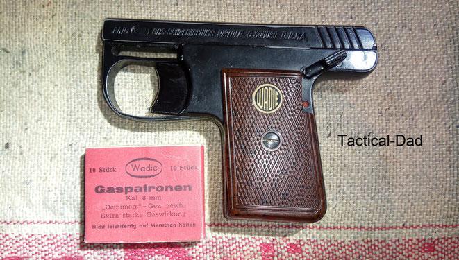 Die Wadie Gas-Alarm-Pistole ist wirklich nicht schön. Sie ist auch fast komplett aus Zink gefertigt.