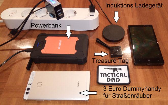 Der Nokia Treasure Tag ist eine Art Bluetooth Schlüsselfinder. Er gibt auch Alarm, wenn er vom Handy entfernt wird. Ich dachte er würde taktische Möglichkeiten bieten, hat er für mich aber nicht.