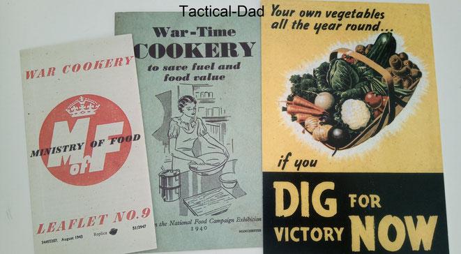 """Im 2. Weltkrieg unternahm die englische Regierung viel, damit die Lebensmittelversorgung nicht zusammenbricht. Es wurde vor allem viel Wert darauf gelegt, dass so viele wie möglich eigenes Gemüse anbauen (""""Dig for Victory"""")."""