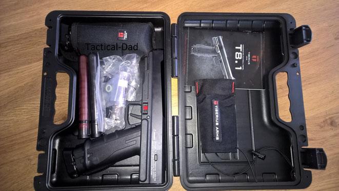 Die Tiberius T8.1 Paintballpistole wird in einem richtig guten Koffer geliefert. Nur eine Lage Schaumstoff fehlt darin noch.