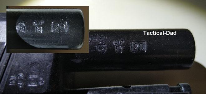 Hier sind italienische Beschusszeichen auf zwei EU2019/69 Schreckschusswaffen. Die Waffen sind 2020 beschossen worden.