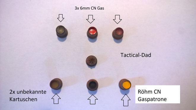 Von den 6mm Patronen gibt es sehr viele. Oben sind einige CN Gaspatronen. Die Beiden in der unteren Reihe kann ich leider noch nicht identifizieren (Insekten- oder Parfumpatronen evtl.?)