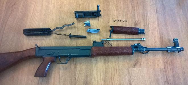Deko VZ-58 Gewehr (Samopal): Feldmäßig zerlegt.