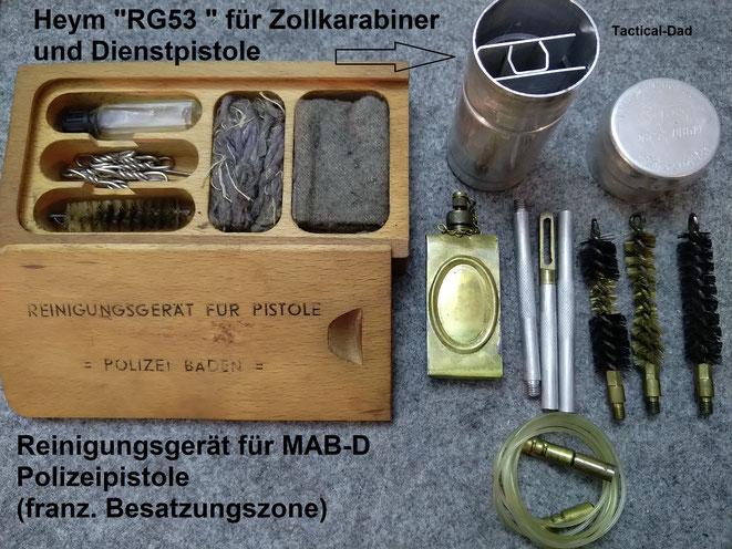 """Reinigungsgerät """"RG53"""" für den Polizeikarabiner 52 (Zollkarabiner) und ein Reinigungsgerät für eine MAB-D der badischen Polizei."""
