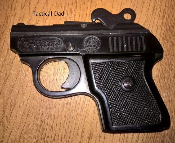 Record Weinbergpistole Modell A in 6mm Flobert mit PTB Zulassung.