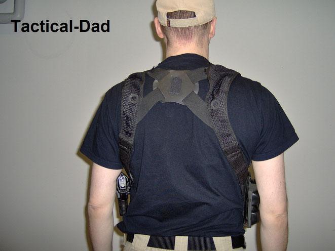 Das Schulterholstersystem vom Cop Shop verwende ich schon seit Jahren und bin sehr zufrieden damit.