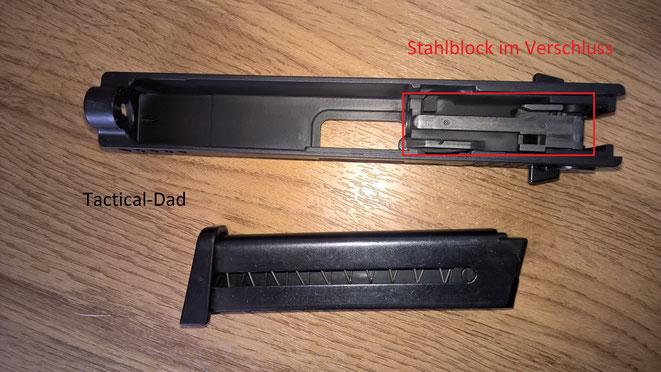 Im Verschluss aus Zink ist ein massiver Block aus Stahl verbaut. Damit sollte die ISSC Gaspistole wesentlich haltbarer sein als die meisten anderen SSW.