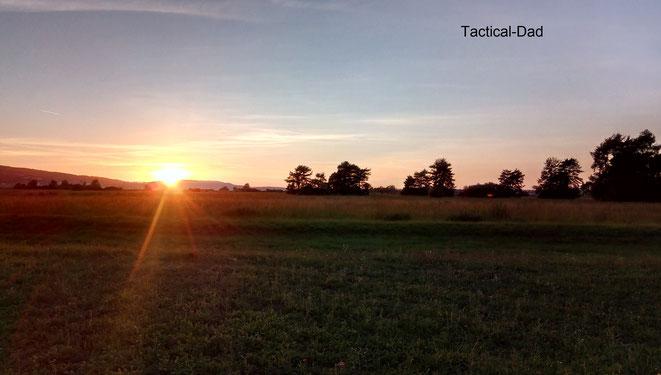 Ich schließe den September mit dem Sonnenuntergang über einem Naturschutzgebiet.