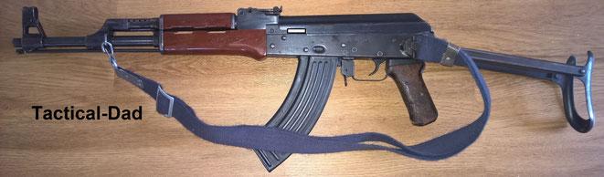 Die Typ 56 entspricht der AKM-47, da ihr Gehäse aus Blech ist.