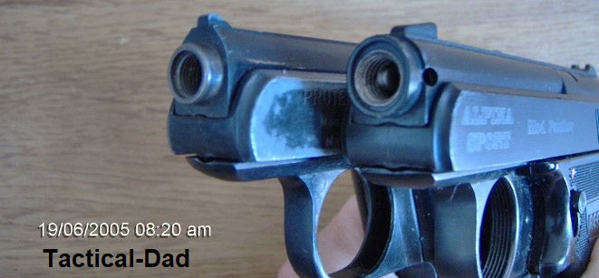 Links eine neuere G5 mit Mündungsgewinde und rechts die Alpina Sport in 9mm PAK
