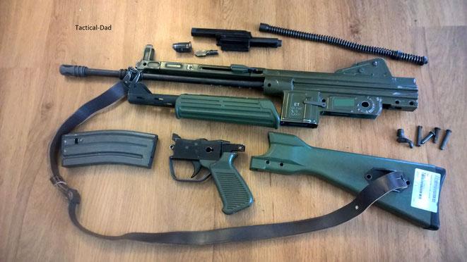 Deko Cetme L von ZIB Militaria feldmäßig zerlegt