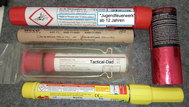 Jugendfeuerwerk Bengalfeuer, Bengalische Flamme, Handfackel rot und gelb und ein Bengaltopf.