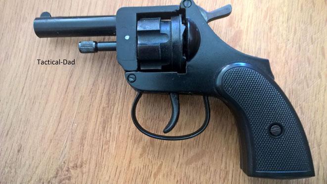 6mm Flobert Valor Gas- und Schreckschussrevolver.